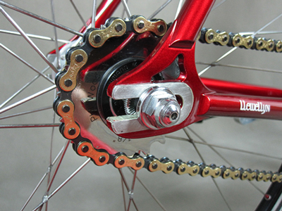 Fixed gear rear dropout with tied and soldered wheel